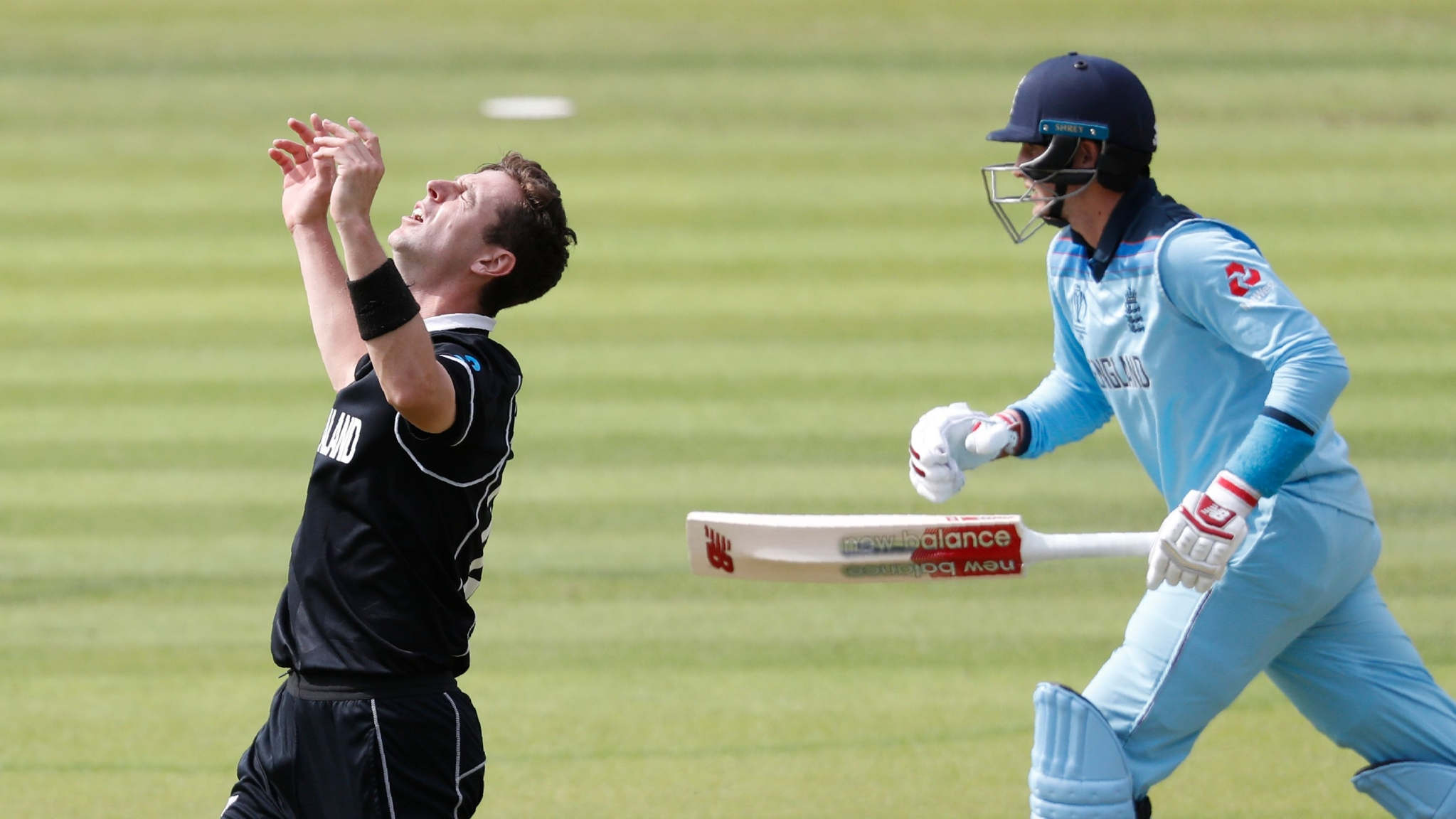 Eng v NZ World Cup Final LIVE: Root Dismissed For 30-Ball 7