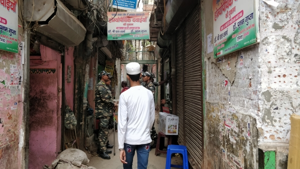 After Hauz Qazi Clashes, Hindus & Muslims Unite to Restore Peace