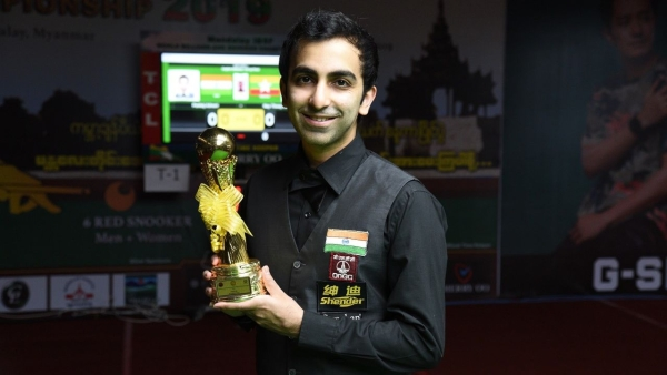 Pankaj Advani beat local favourite Nay Thway Oo 6-2 in the final of IBSF World Billiards Championship.