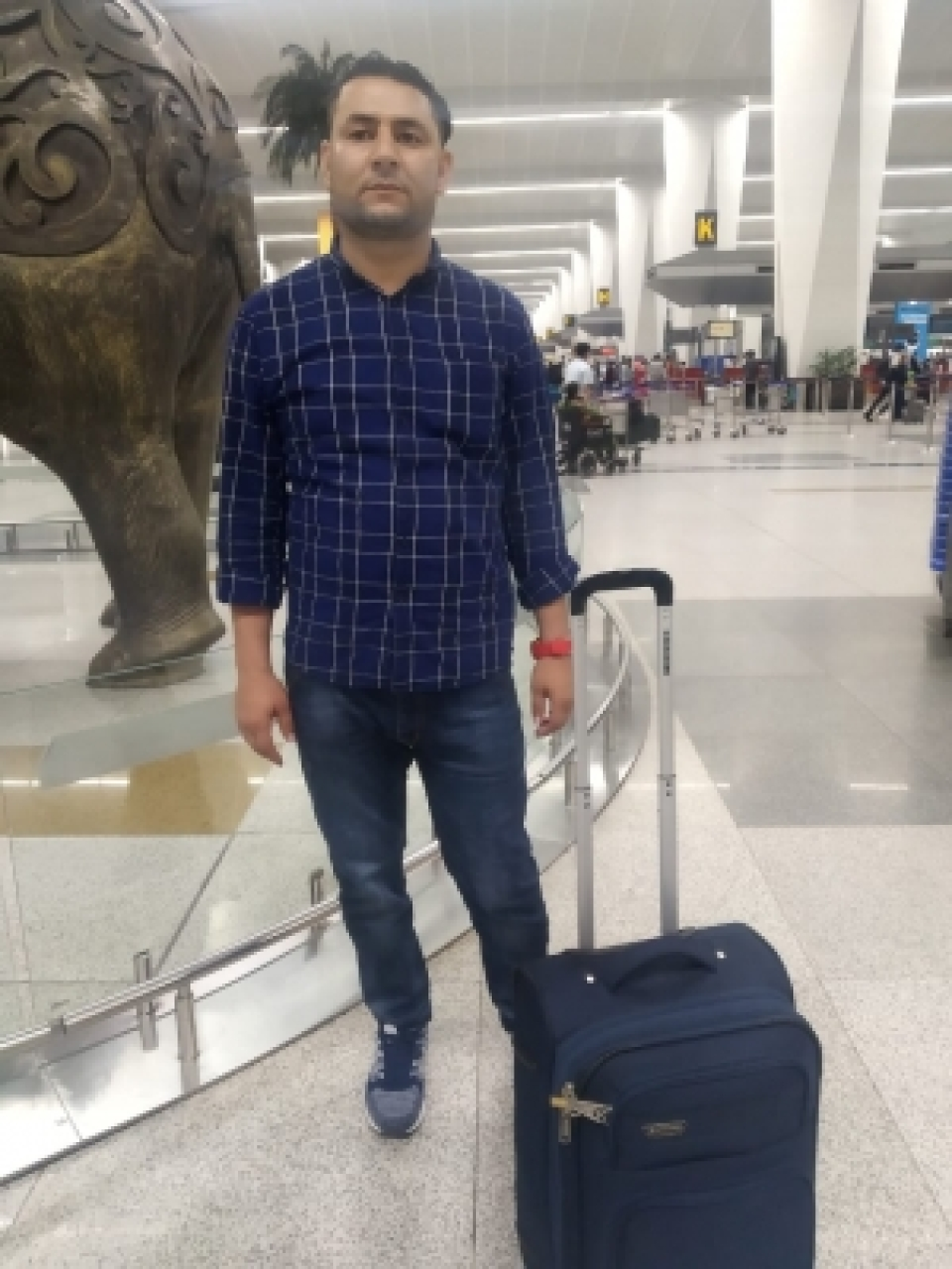 Image result for Man disguised as 81-yr-old nabbed at IGI airport