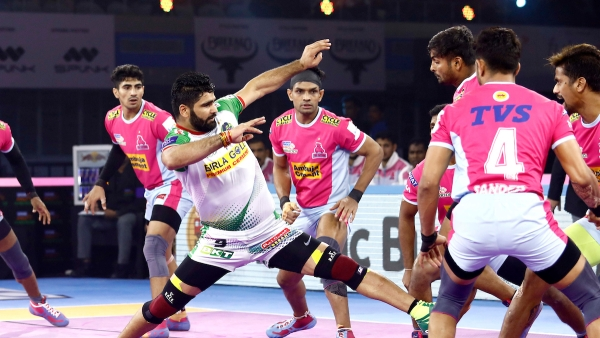 Patna continued their winning momentum, edging out Jaipur Pink Panthers 36-33 in a thrilling Pro Kabaddi League fixture on Thursday.