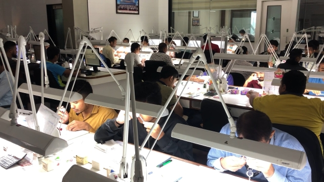 Dharmanandan Diamonds has managed to retain all their cutters and polishers despite recession.