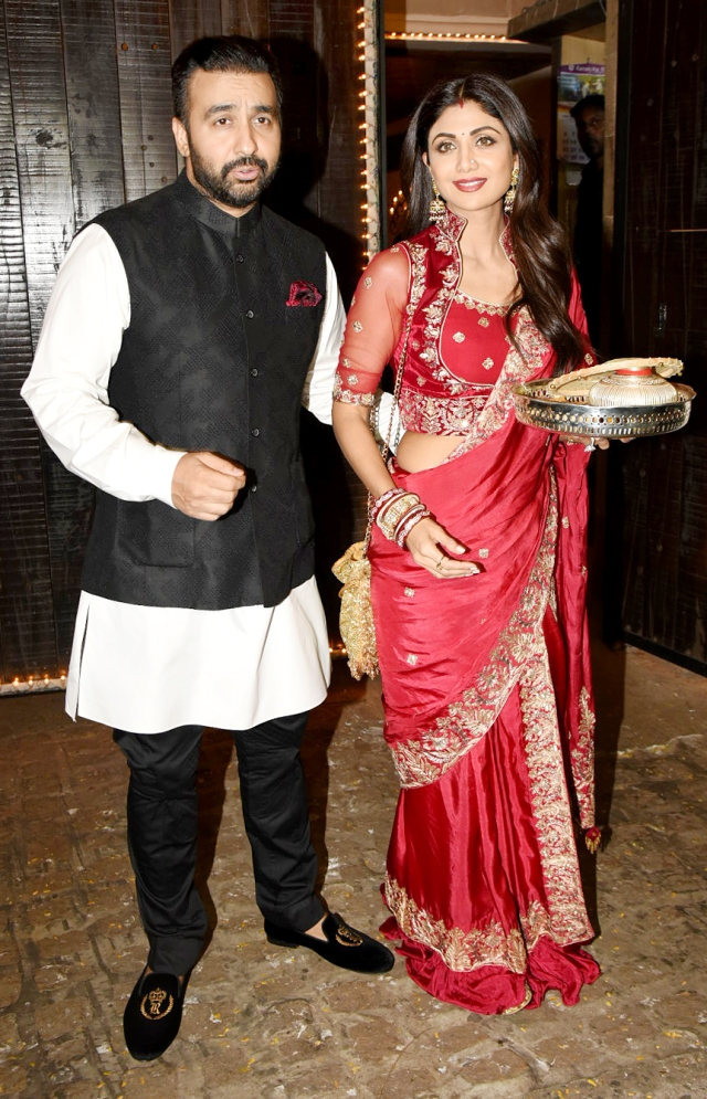 Shilpa strikes a pose with Raj Kundra.