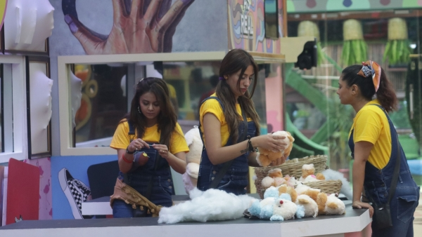 'Bigg Boss 13' Day 16: The BB House Turns Into a Toy Factory