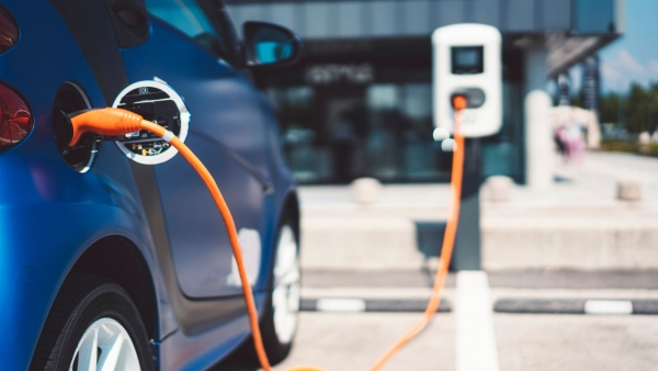 Top 10 Electric Vehicle Myths Busted