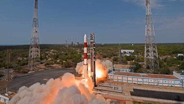 The PSLV C-38 takes off from Sriharikota with Cartosat-2.