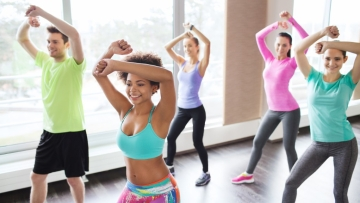 Increasing the level of physical activity can effectively boost one's mood, a study has found.