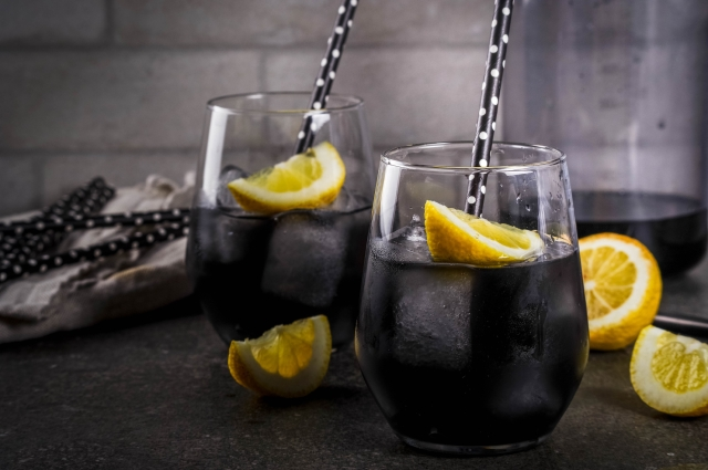 Stop slurping down charcoal in your lemonade just because someone told you it'll make you slim.