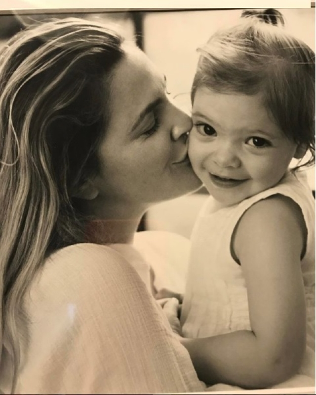"""In an <a href=""""https://www.todaysparent.com/blogs/what-drew-barrymore-learned-from-her-postpartum-depression/"""">interview</a> in 2015, Drew Barrymore described her experience as 'different type of overwhelming' post the birth of her second daughter."""