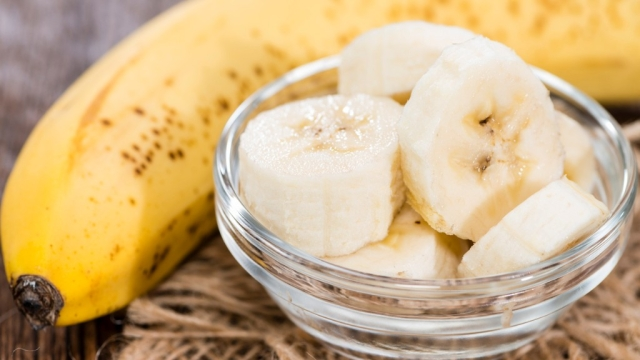 The vitamin B and Potassium present in bananas help calm you down pronto.