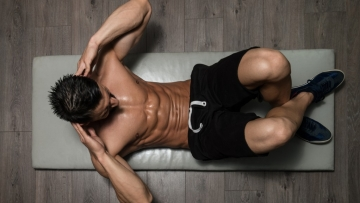 Do you ever feel the impulse of throwing yourself into an intense arm workout for leaner arms?