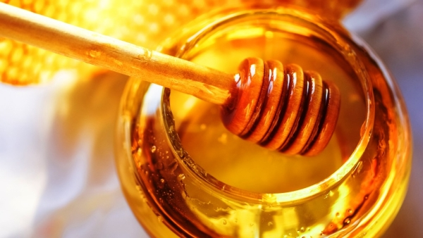 Honey decreases the frequency and intensity of coughs.