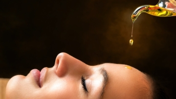Anyone can do oil-cleansing provided you use the right blend of oils.