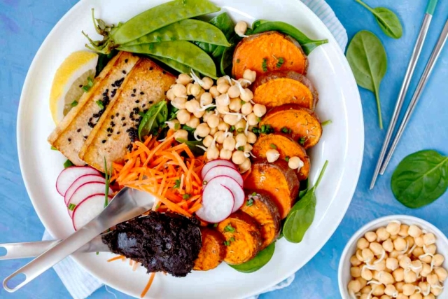 Buddha Bowls are great for portion control.