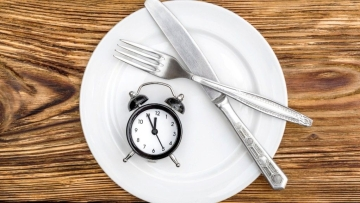 New research suggests that with irregular fasting and a strictly controlled diet, you can lose more weight and improve your health too.