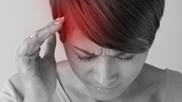What can help you get rid of headaches naturally? Take this week's Fitquiz to know.
