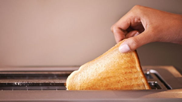 Making Toast Can Cause Air Pollution: Study