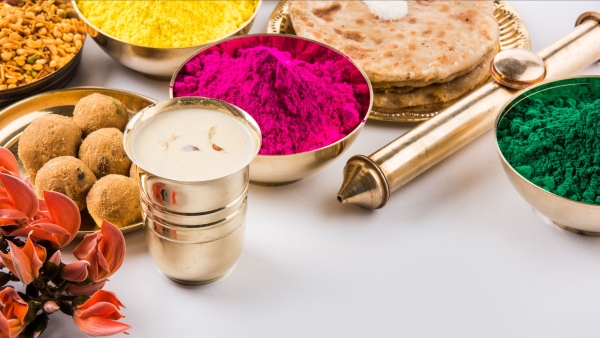 Follow these simple steps throughout the day to have a healthy Holi.
