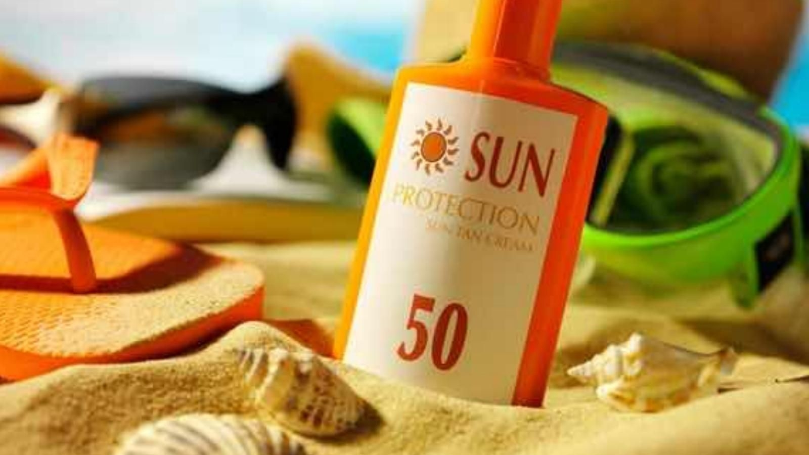 Your Bloodstream Might Be Absorbing These Sunscreen Chemicals