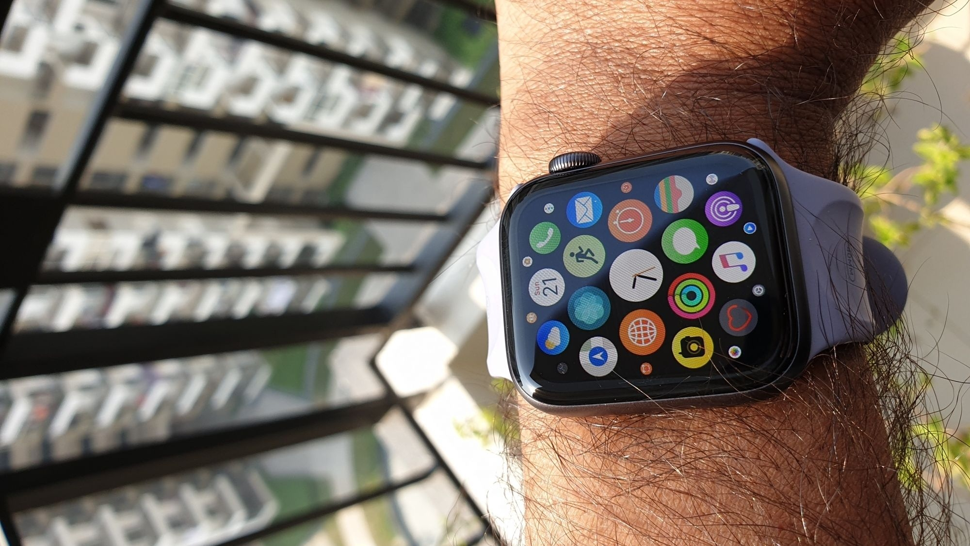 Smartwatch Can Sense If You Are Chopping Veggies, Say Researchers