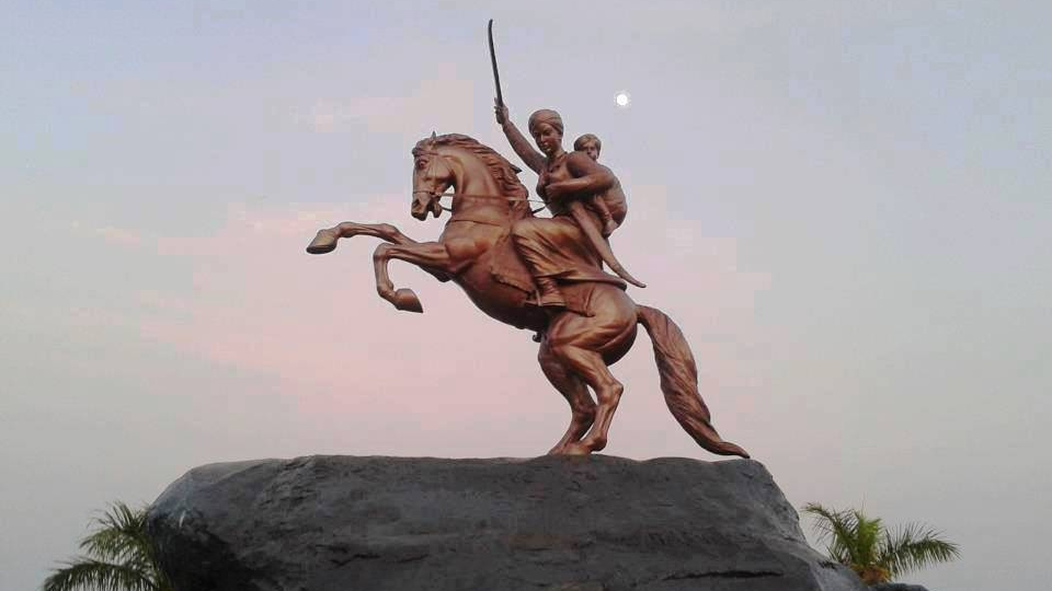 rani laxmi bai information in hindi
