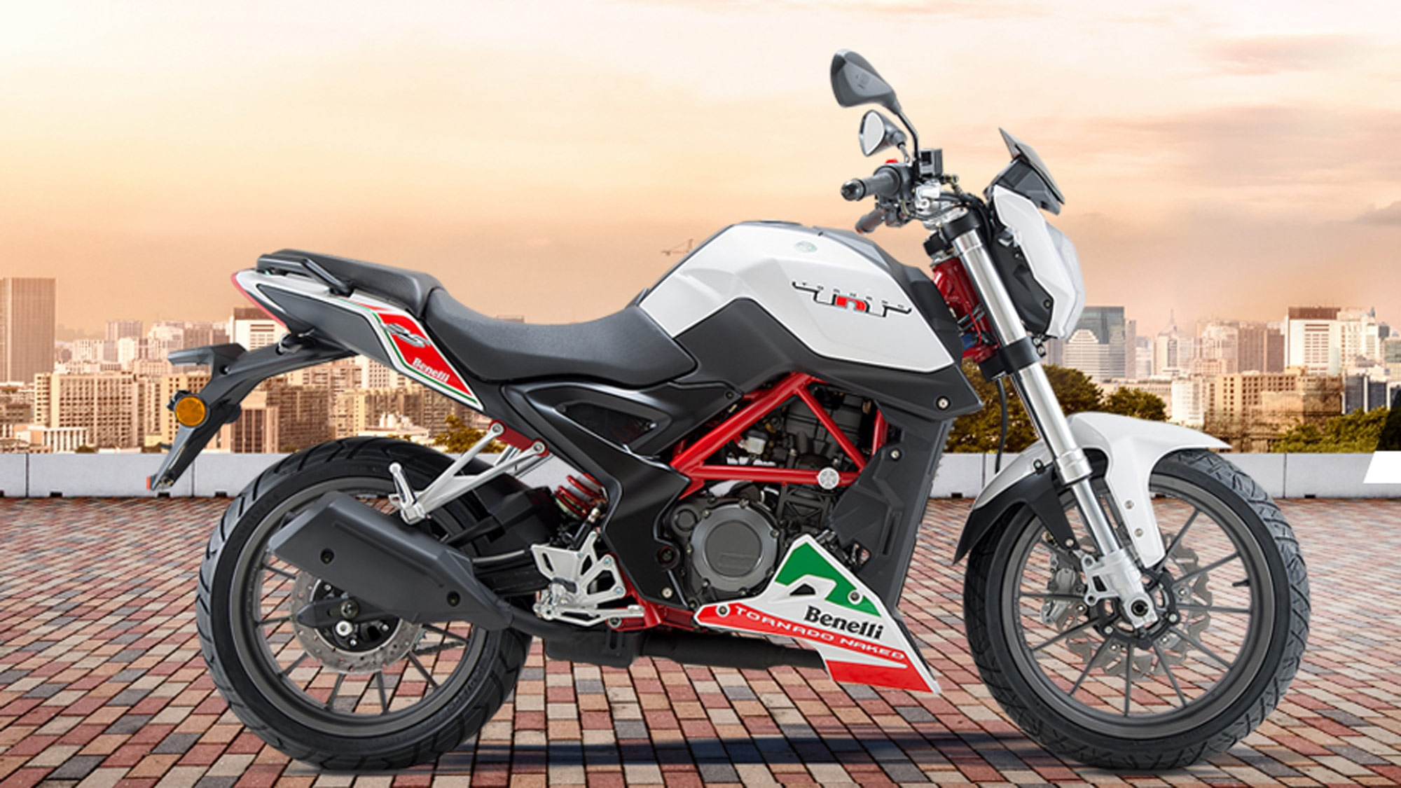 250cc DSK Benelli TNT 25 Launched In India At Rs 1.68 Lakh