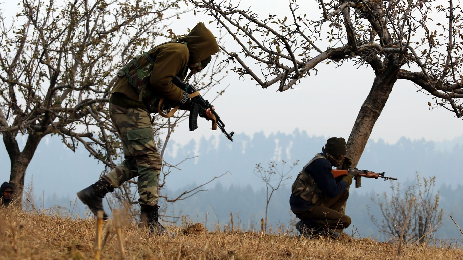 1 Dead After Terrorists Shoot at 2 Apple Traders in J&K's Shopian
