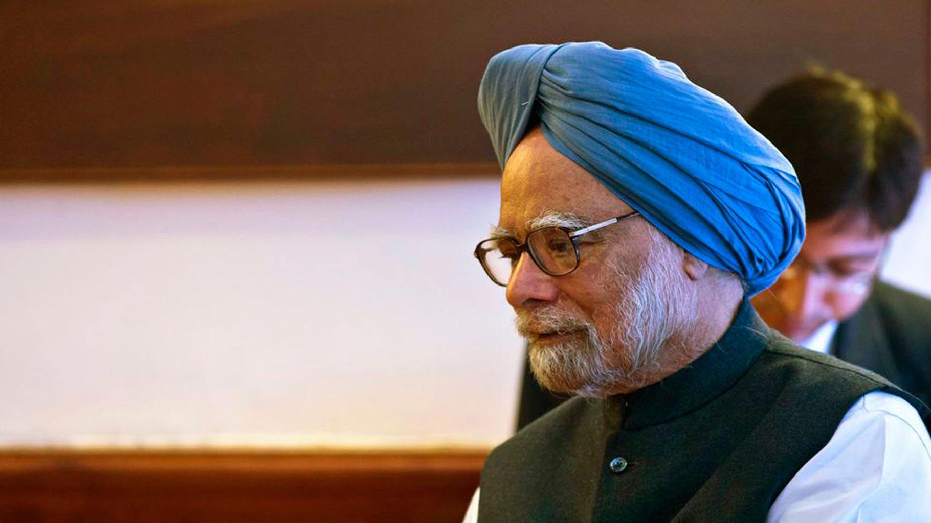 Modi Govt Doesn't Acknowledge the Word 'Slowdown': Manmohan Singh