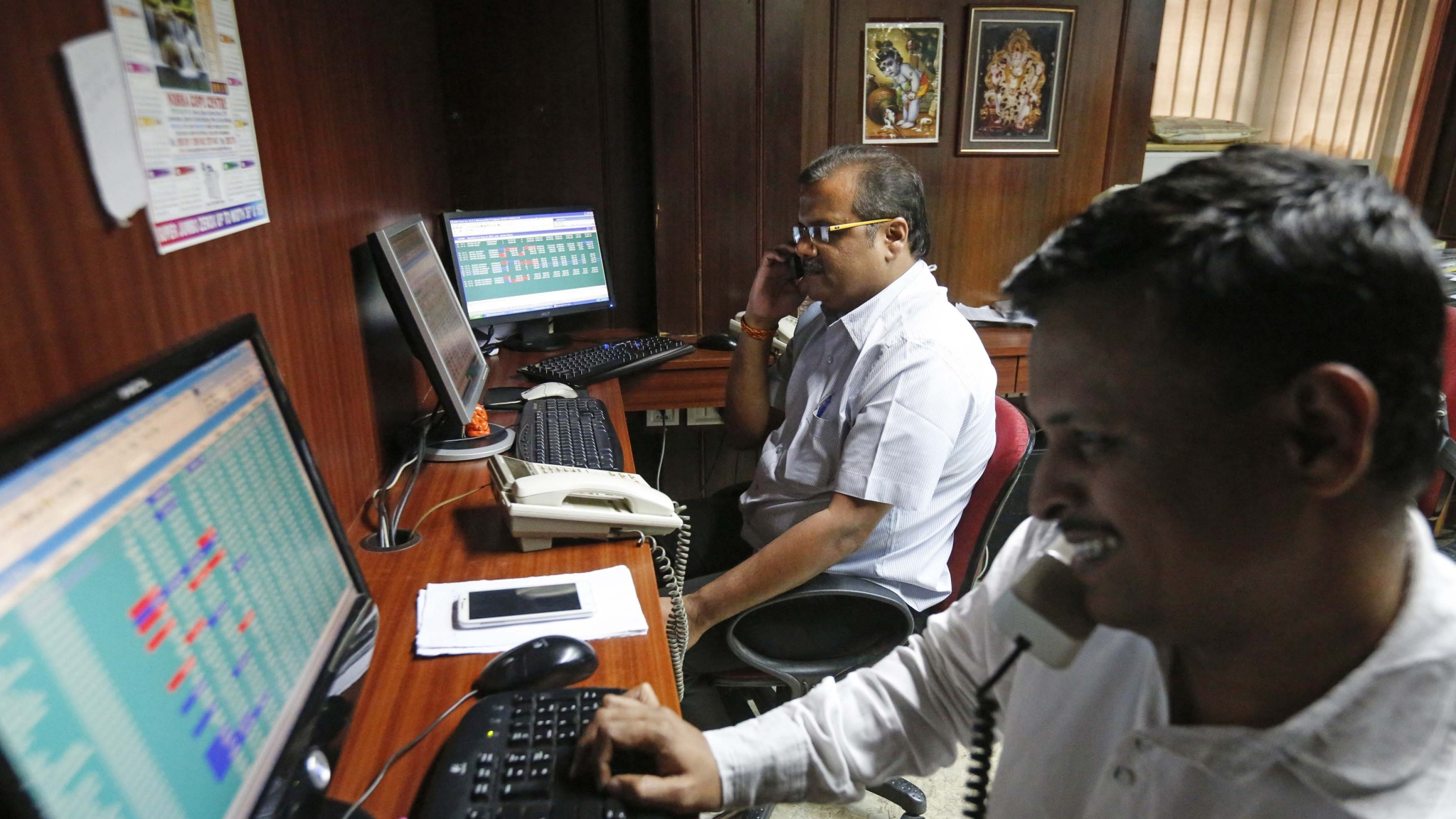 Sensex Gains Above 100 Points, Nifty Goes Past 11,000