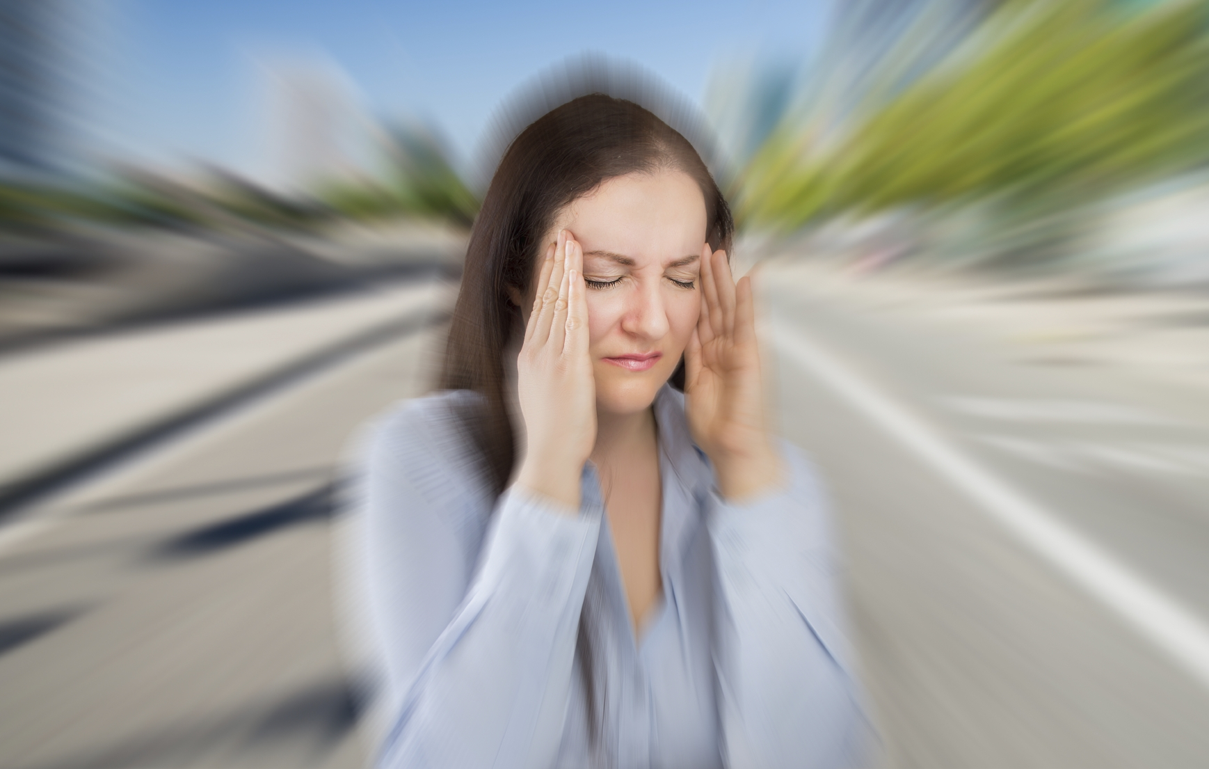 Migraines Linked to Higher Risk of Irregular Heartbeat, Stroke