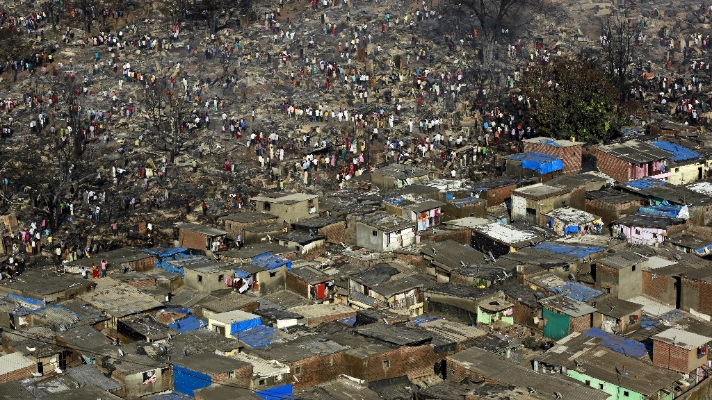 india muslims single women housing bias turning indian cities into ghettos articleshow