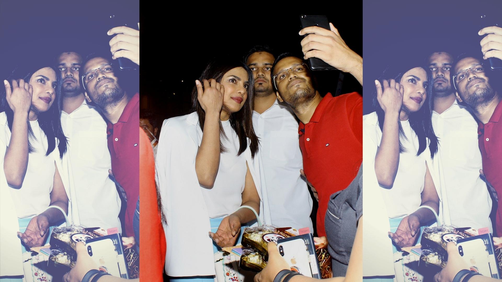 Before Jagga Jasoos Catch These 5 Saswata Chatterjee Films  # Pose Tele En Boi