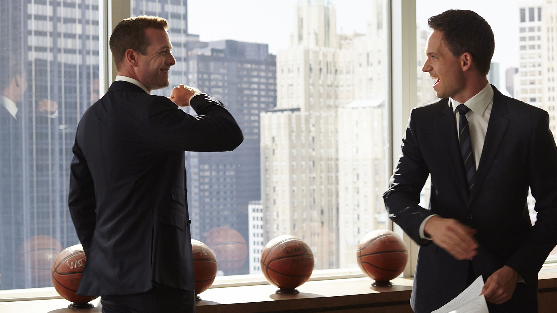 'Suits' Gets Ready To Bid Adieu To Mike-Harvey Bromance