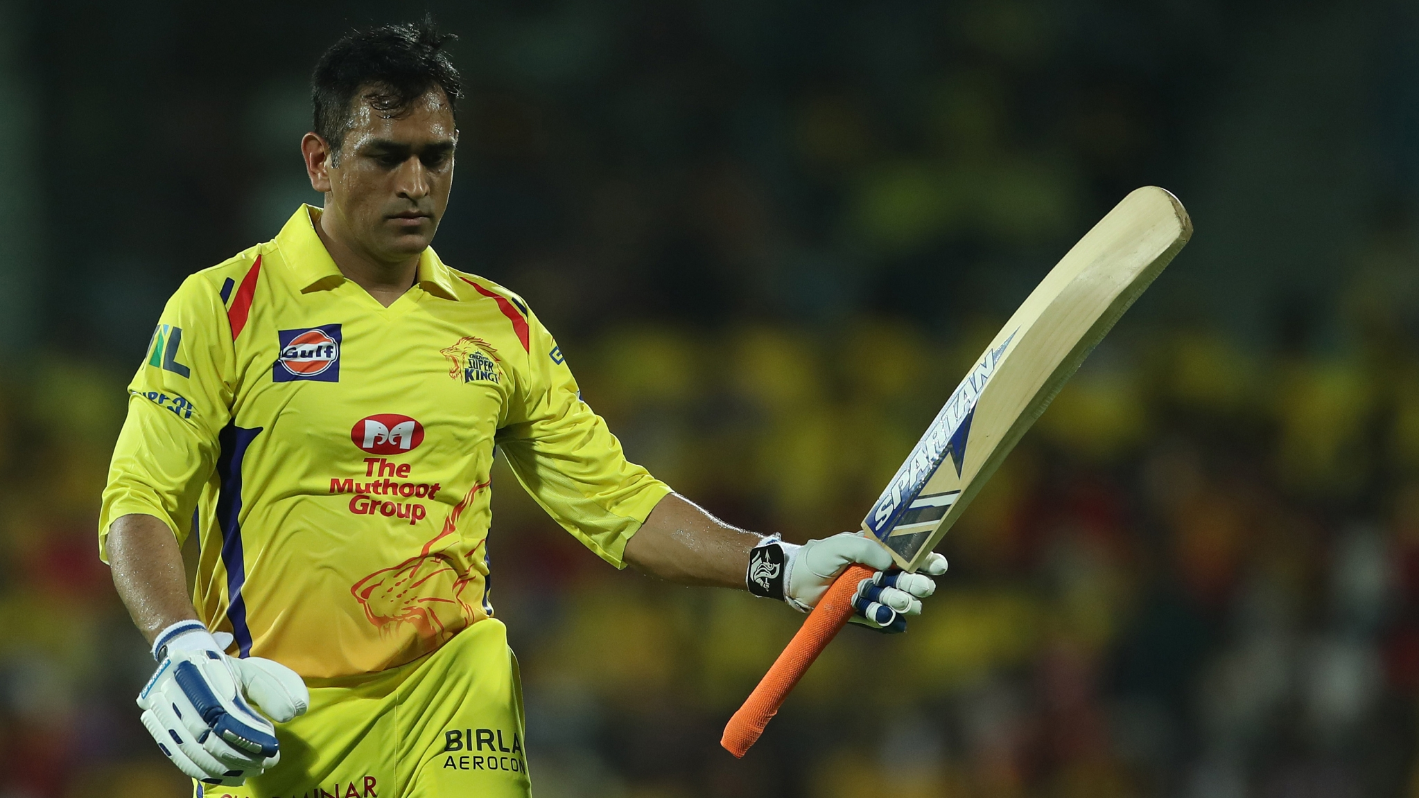 MS Dhoni Sets Record For Most Runs By An IPL Captain