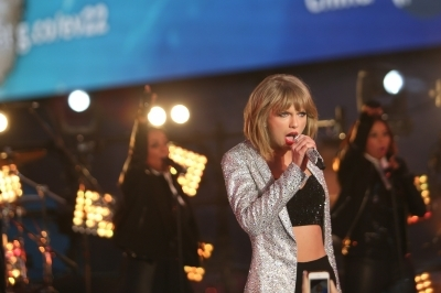 Taylor's Anti-Stalker Tech is Not Going Down Swiftly With Fans