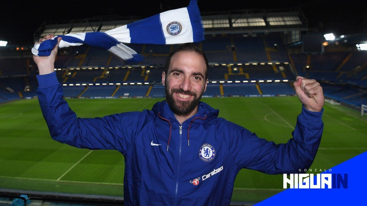 Chelsea Sign Higuain From Juventus in Bid to End Striker Crisis