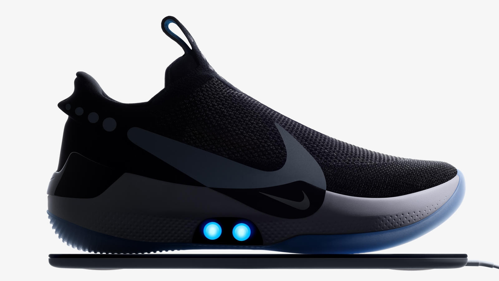 Nike Adapt BB is the Self-Lacing Shoe Which Works With an App
