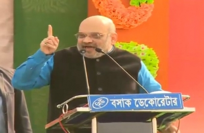 Give us 23-plus seats from Bengal: Amit Shah tells rally