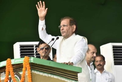 Two kinds of alliances to remove Modi government - total unity, possible unity: Sharad Yadav
