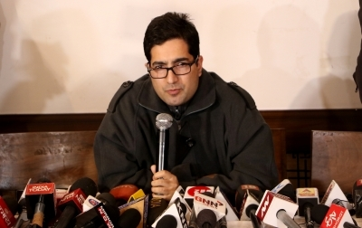 Shah Faesal, NC adopt contradictory stands on Kashmir