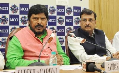 Athawale adamant on 10 seats for Maharashtra polls