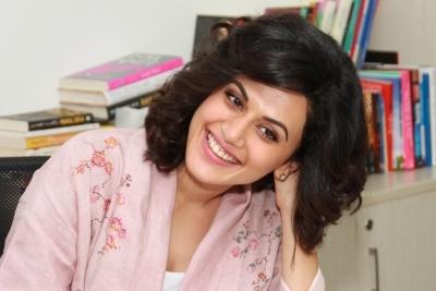 Vicky, Taapsee, Abhishek get nostalgic as 'Manmarziyaan' turns one