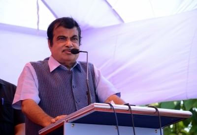 Gadkari dismissive about odd-even traffic scheme