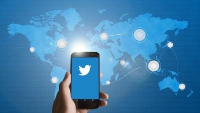 Pessimistic millennials storm Twitter with retirement plans