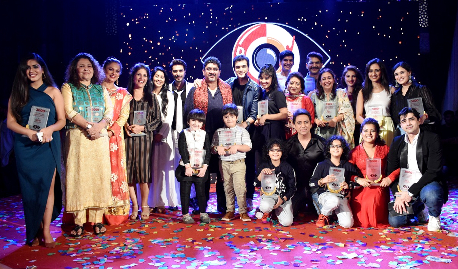 Pics: 'Yeh Rishta Kya Kehlata Hai' Team Celebrates 3000 Episodes