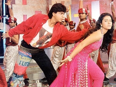 When Gauri Khan designed SRK's look in 'Baazigar'