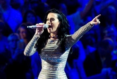 Katy Perry wants to marry at 'gothic castle'
