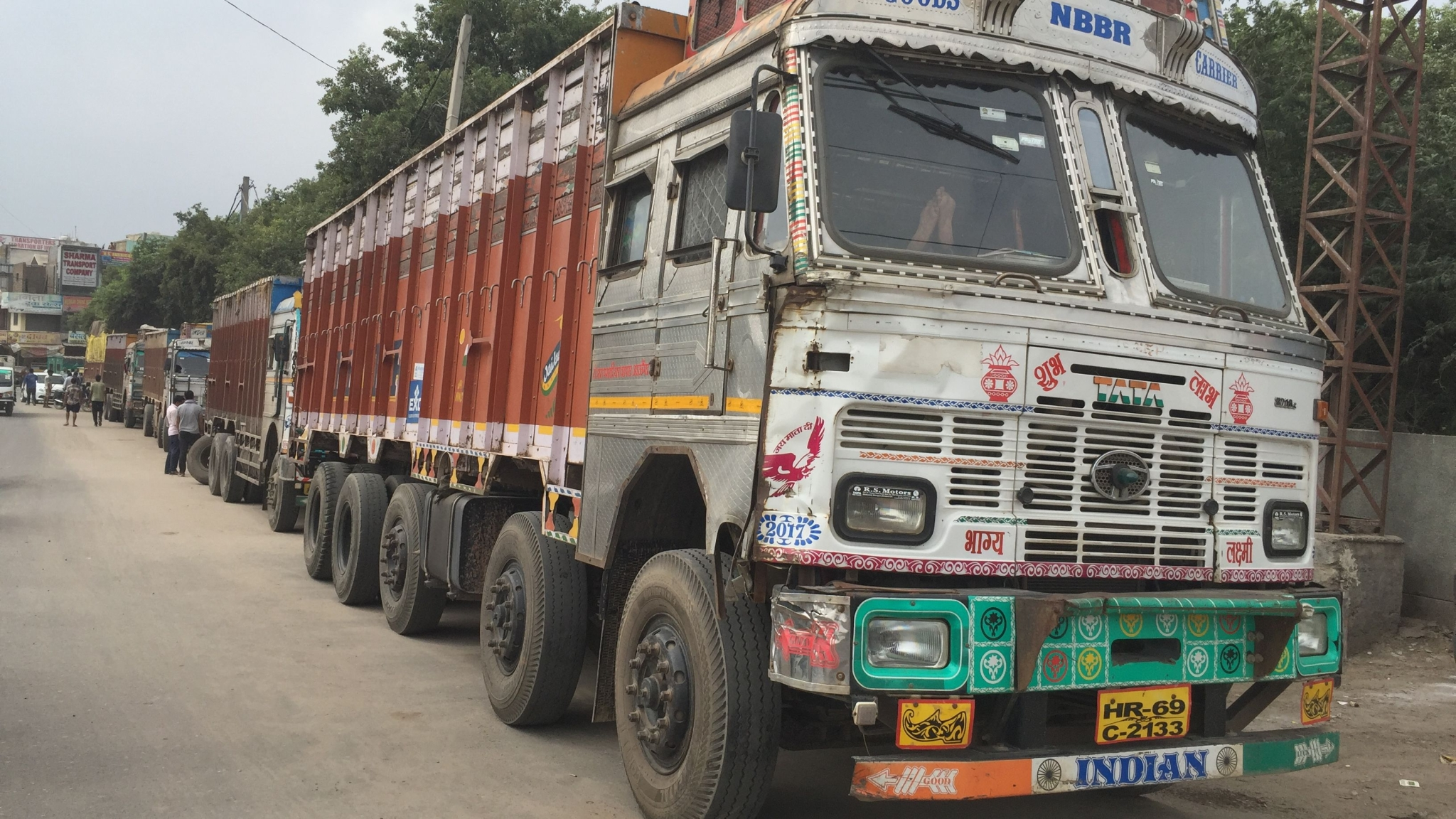 Why is Delhi-NCR Facing 'Chakka Jam' by Commercial Vehicle Owners?