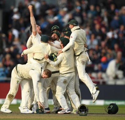Ashes: Wade century in vain as England level series