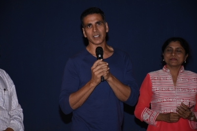 Don't be product of a product: Akshay campaigns against supplements